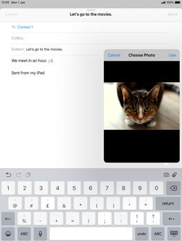 Apple iPad Mini 3 - iOS 12 - E-mail - Sending emails - Step 11