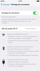 Apple iPhone 7 - Internet et connexion - Utiliser le mode modem par USB - Étape 9