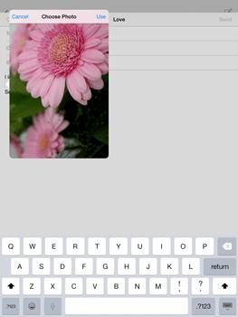 Apple iPad mini iOS 8 - E-mail - Sending emails - Step 12