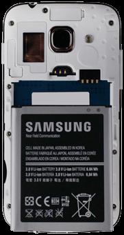 Samsung S7275 Galaxy Ace 3 - SIM-Karte - Einlegen - Schritt 4