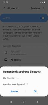 Samsung Galaxy A20e - Internet et connexion - Connexion avec un équipement multimédia via Bluetooth - Étape 9