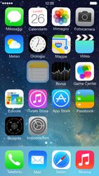 Apple iPhone 5 iOS 7 - Operazioni iniziali - Personalizzazione della schermata iniziale - Fase 4