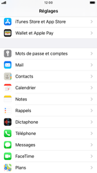Apple iPhone 6s - iOS 13 - E-mail - 032c. Email wizard - Outlook - Étape 3