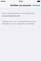 Apple iPhone 4S (iOS 9) - apps - account instellen - stap 25