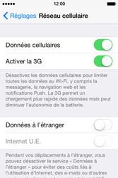 Apple iPhone 4S (iOS 8) - Aller plus loin - Désactiver les données à l'étranger - Étape 5