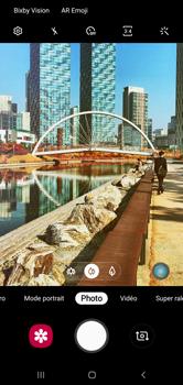 Samsung Galaxy S10 - Photos, vidéos, musique - Prendre une photo - Étape 8