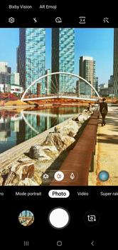 Samsung Galaxy S10 - Photos, vidéos, musique - Prendre une photo - Étape 13