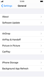Apple iPhone SE - iOS 14 - Software - Installing software updates - Step 4