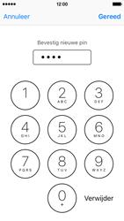 Apple iPhone 5c met iOS 10 (Model A1507) - Beveiliging en ouderlijk toezicht - Hoe wijzig ik mijn SIM PIN-code - Stap 11