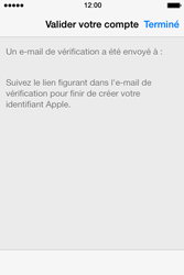 Apple iPhone 4 S iOS 7 - Applications - Créer un compte - Étape 23