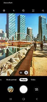 Samsung Galaxy A20e - Photos, vidéos, musique - Prendre une photo - Étape 13