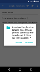 Sony Xperia XZ Premium - E-mail - envoyer un e-mail - Étape 10