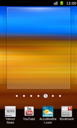 Samsung Galaxy S Advance - Getting started - Installing widgets and applications on your start screen - Step 4