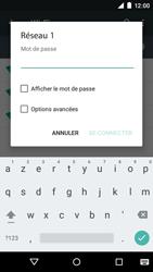 Motorola Moto E (1st Gen) (Lollipop) - Internet et connexion - Accéder au réseau Wi-Fi - Étape 7
