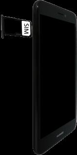 Huawei P8 Lite 2017 - SIM-Karte - Einlegen - 6 / 8