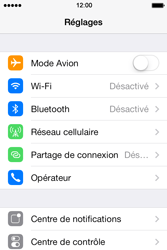 Apple iPhone 4 S iOS 7 - Internet - désactivation du roaming de données - Étape 3