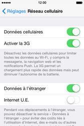 Apple iPhone 4S (iOS 8) - Aller plus loin - Désactiver les données à l'étranger - Étape 4