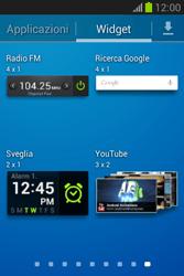Samsung Galaxy Fame Lite - Operazioni iniziali - Installazione di widget e applicazioni nella schermata iniziale - Fase 7