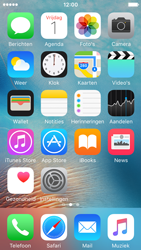 Apple iPhone SE (iOS 9) - apps - account instellen - stap 2