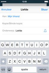 Apple iPhone 4s iOS 8 - E-mail - Bericht met attachment versturen - Stap 7