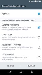 HTC Desire 650 - E-mails - Ajouter ou modifier votre compte Outlook - Étape 10