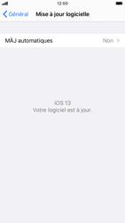 Apple iPhone 8 - iOS 13 - Logiciels - Installation de mises à jour - Étape 6