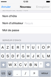 Apple iPhone 4 S - iOS 8 - E-mail - Configuration manuelle - Étape 12