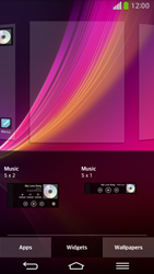 LG D955 G Flex - Getting started - Installing widgets and applications on your start screen - Step 5