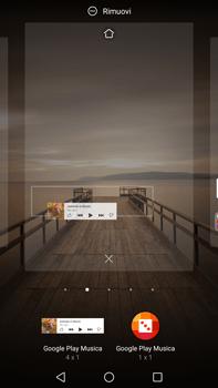 Huawei Mate 9 - Operazioni iniziali - Installazione di widget e applicazioni nella schermata iniziale - Fase 7