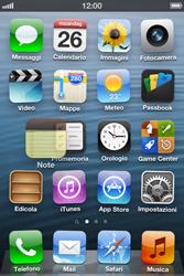 Apple iPhone 4S - Operazioni iniziali - Personalizzazione della schermata iniziale - Fase 3