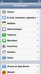 Apple iPhone 5 (iOS 6) - apps - account instellen - stap 3