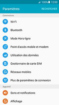 Samsung Galaxy A8 - Internet et roaming de données - Comment vérifier que la connexion des données est activée - Étape 4