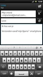 Sony LT22i Xperia P - E-mail - E-mails verzenden - Stap 9