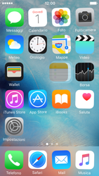 Apple iPhone 5 iOS 9 - Operazioni iniziali - Personalizzazione della schermata iniziale - Fase 4
