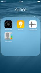 Apple iPhone 5c (iOS 8) - Contact, Appels, SMS/MMS - Ajouter un contact - Étape 4