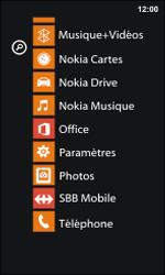 Nokia Lumia 800 / Lumia 900 - Internet et roaming de données - Désactivation du roaming de données - Étape 3