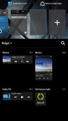 HTC One Max - Operazioni iniziali - Installazione di widget e applicazioni nella schermata iniziale - Fase 4