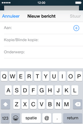 Apple iPhone 4s iOS 8 - E-mail - Bericht met attachment versturen - Stap 4
