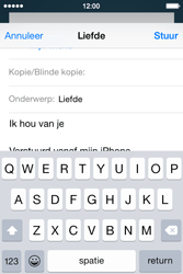 Apple iPhone 4s iOS 8 - E-mail - Bericht met attachment versturen - Stap 8