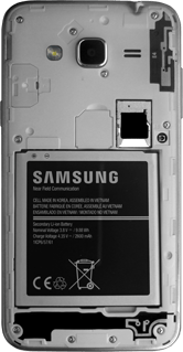 Samsung Galaxy J3 (2016) - SIM-Karte - Einlegen - 7 / 9