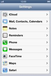 Apple iPhone 4 S - E-mail - Manual configuration - Step 4