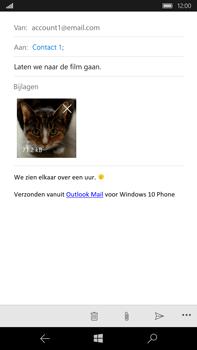 Microsoft Lumia 950 XL - E-mail - E-mail versturen - Stap 16