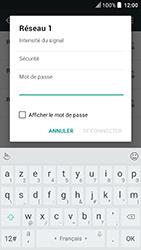 HTC U Play - Internet et connexion - Accéder au réseau Wi-Fi - Étape 7