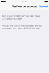 Apple iPhone 4S (iOS 8) - apps - account instellen - stap 28