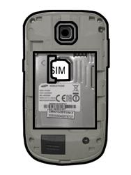 Samsung S5570 Galaxy Mini - SIM-Karte - Einlegen - Schritt 4