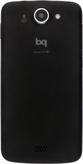 BQ Aquaris 5 HD - Primeros pasos - Quitar y colocar la batería - Paso 2