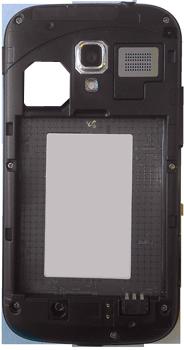 Samsung I8160 Galaxy Ace II - Primeros pasos - Quitar y colocar la batería - Paso 4