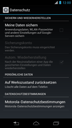 Motorola RAZR i - Fehlerbehebung - Handy zurücksetzen - 7 / 10