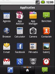 LG P350 Optimus Me - contacten, foto