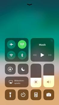 Apple iPhone 8 Plus - iOS 11 - Sperrbildschirm und Benachrichtigungen - 3 / 10